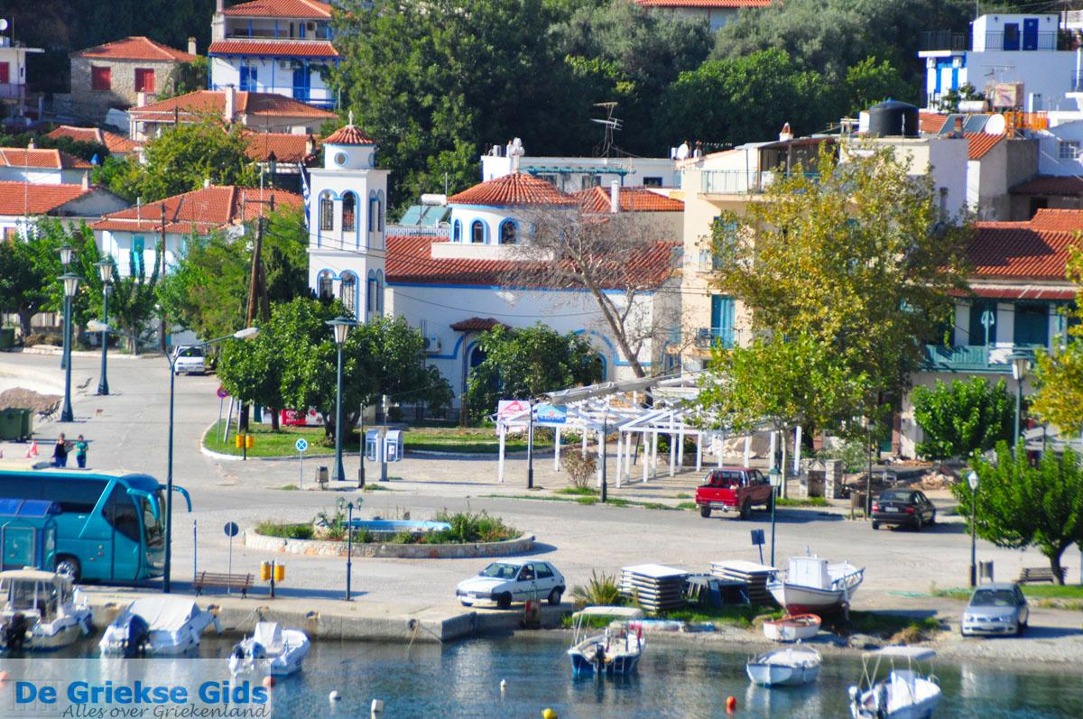 foto Glossa en haven Loutraki Skopelos | Sporaden Griekenland foto 22