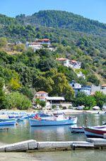 Haven Loutraki bij Glossa | Skopelos Sporaden | De Griekse Gids 2 - Foto van De Griekse Gids