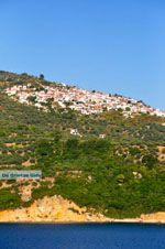 Glossa en haven Loutraki Skopelos | Sporaden | De Griekse Gids foto 2 - Foto van De Griekse Gids