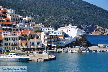 Skopelos stad | Sporaden | De Griekse Gids foto 101 - Foto van De Griekse Gids