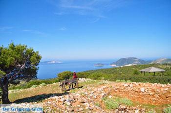 Aussicht über baai Pefkos | Agios Panteleimon | Skyros foto 10 - Foto von GriechenlandWeb.de