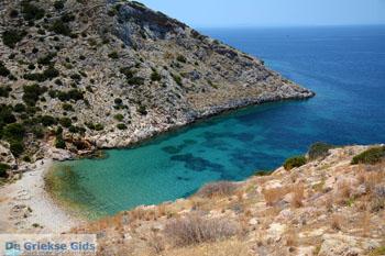 Nudistenstrand Armeos bij Galissas | Syros | Griekenalnd foto 2 - Foto van De Griekse Gids