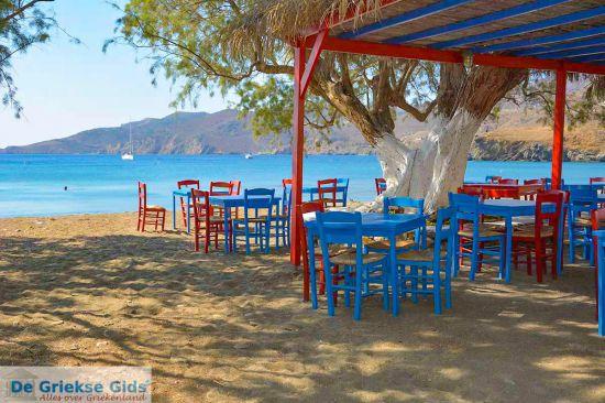 Terras aan zee in Griekenland