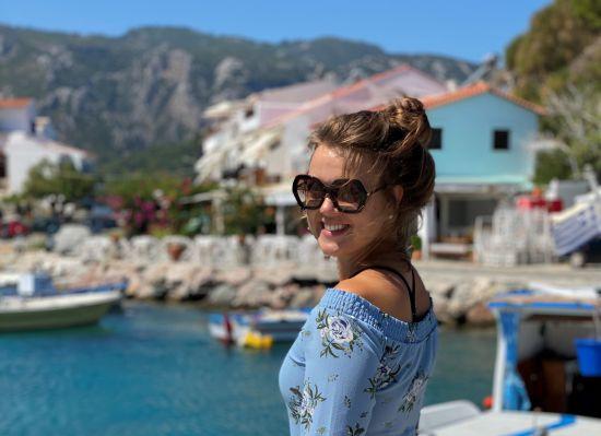 Annerieke op Samos