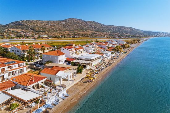 Potokaki Beachfront Hotel