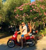 Met de scooter op Corfu!