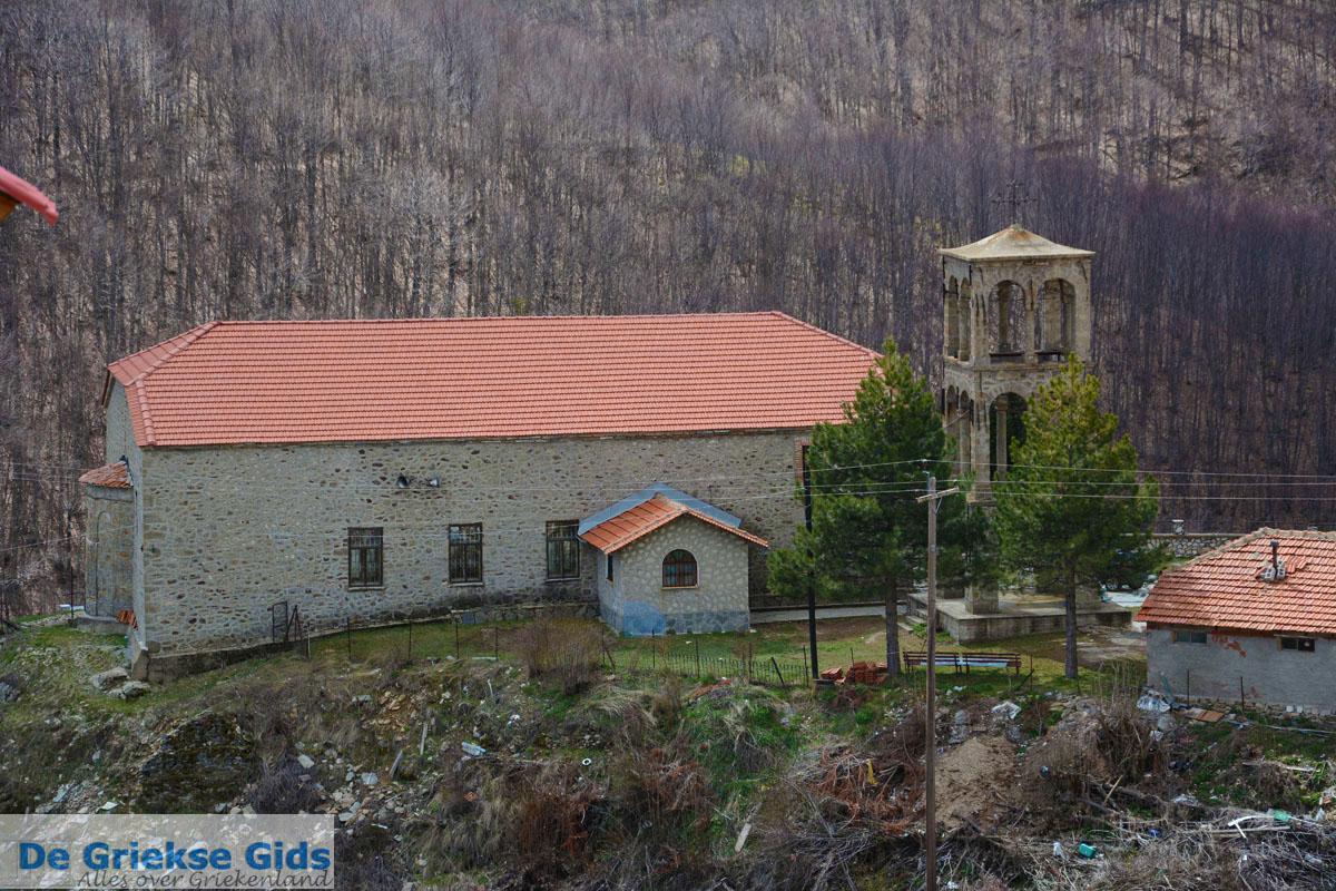 foto Het bergdorpje Pisoderi bij het skigebeid Vigla   Florina Macedonie 5