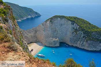 Scheepswrak - Navagio Zakynthos - Ionische eilanden -  Foto 2 - Foto van https://www.grieksegids.nl/fotos/zakynthos/scheepswrak/350pix/scheepswrak-zakynthos-002.jpg