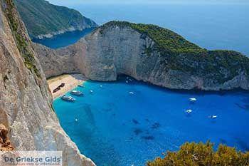 Scheepswrak - Navagio Zakynthos - Ionische eilanden -  Foto 12 - Foto van https://www.grieksegids.nl/fotos/zakynthos/scheepswrak/350pix/scheepswrak-zakynthos-012.jpg