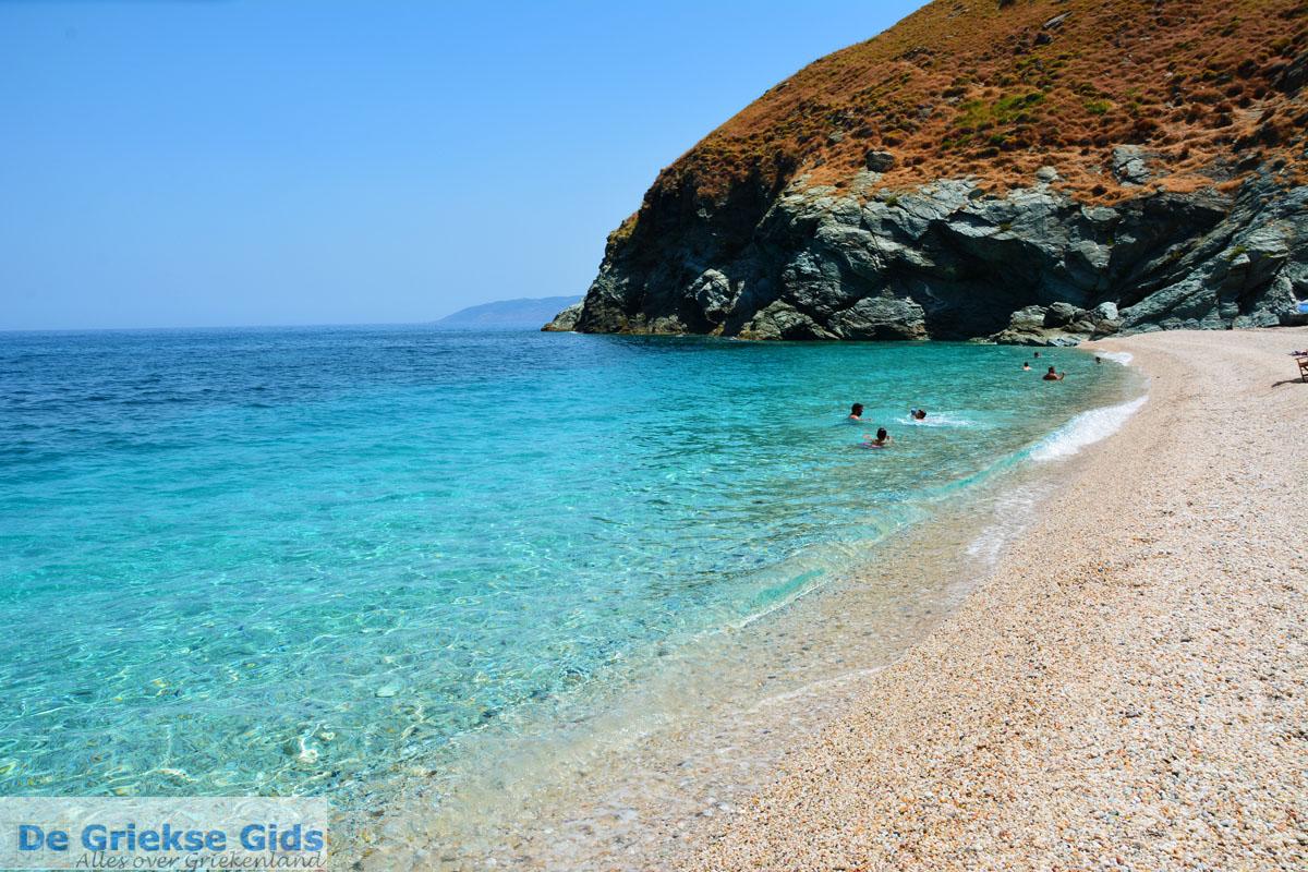 Evia informatie tips vakanties eiland evia - Centraal eiland met eethoek ...
