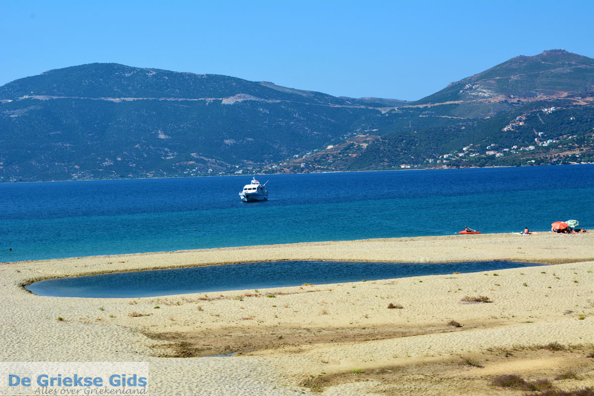 foto Bij Golden beach Evia | Marmari Evia | Griekenland foto 94