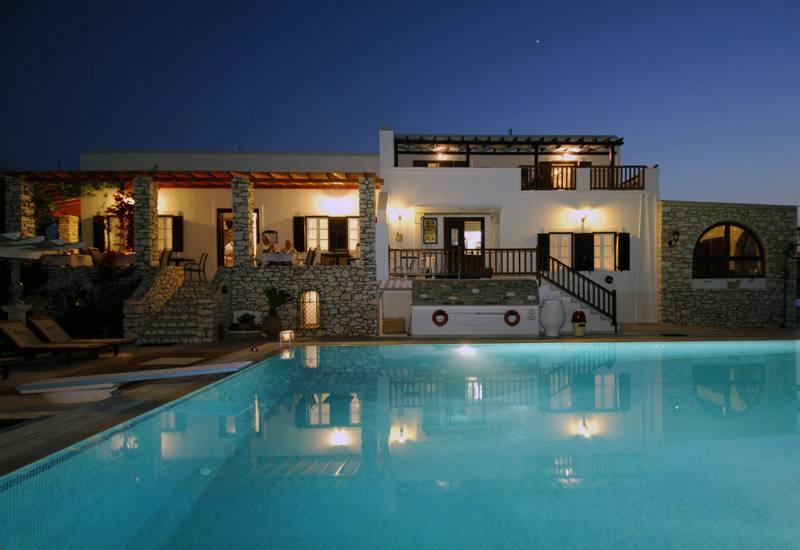 Hotel Contaratos Beach - Naoussa - Paros