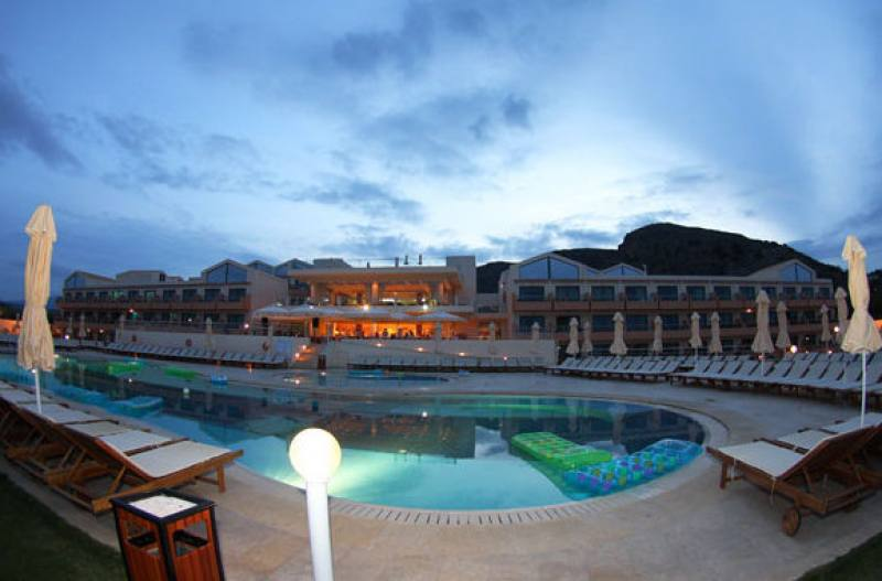 Hotel Kiani Beach Resort - Kalives - Chania Kreta