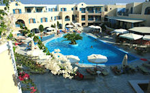 Foto Hotel Aegean Plaza in Kamari ( Santorini)