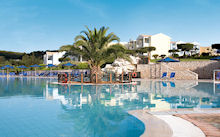 Mareblue Beach Resort in Agios Spyridon